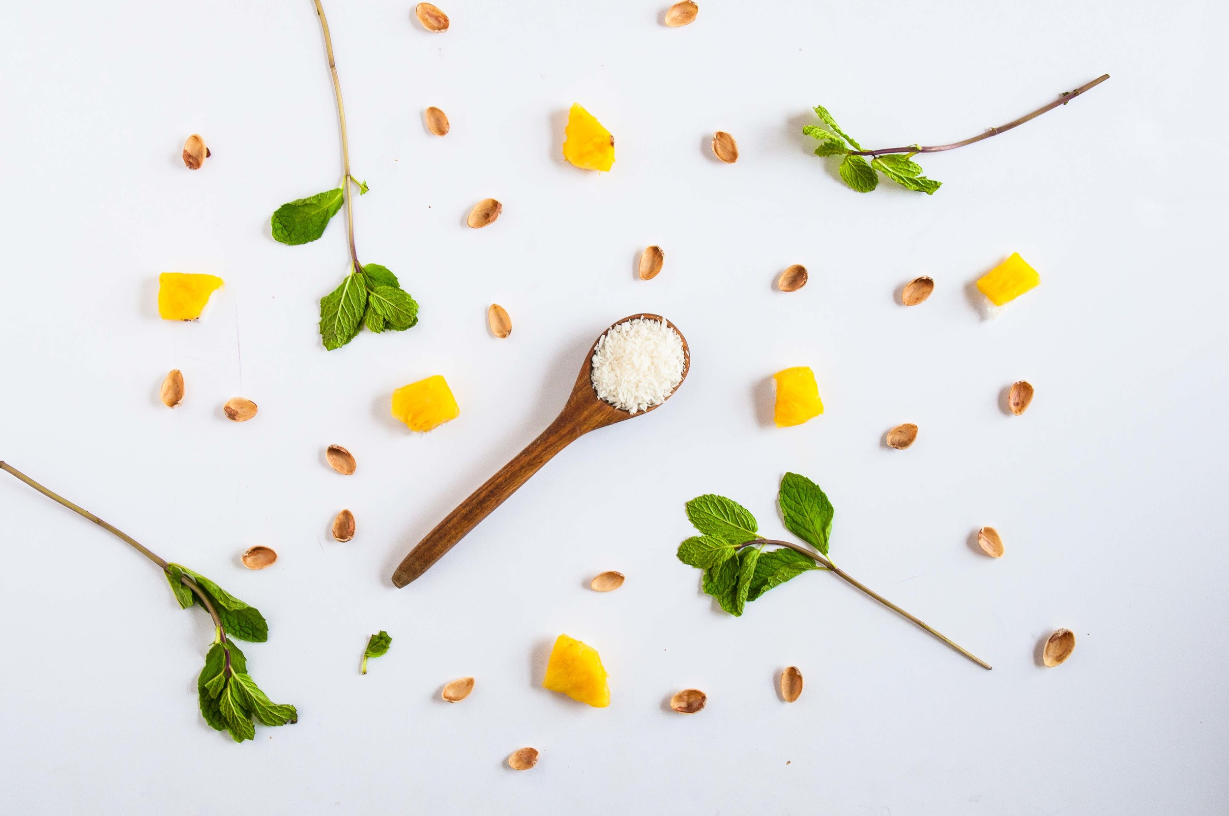 pineapple-mint-smoothie-fried-parsley