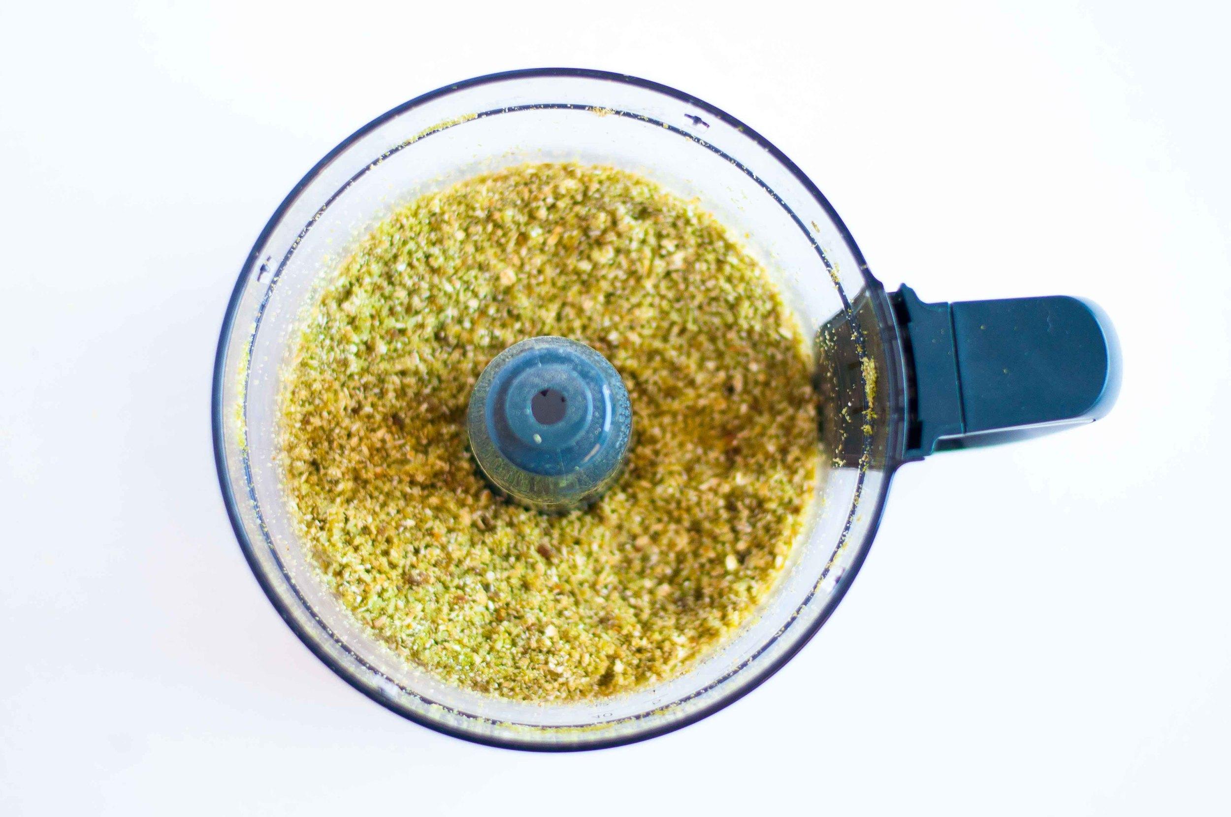 matcha-rawnola-fried-parsley