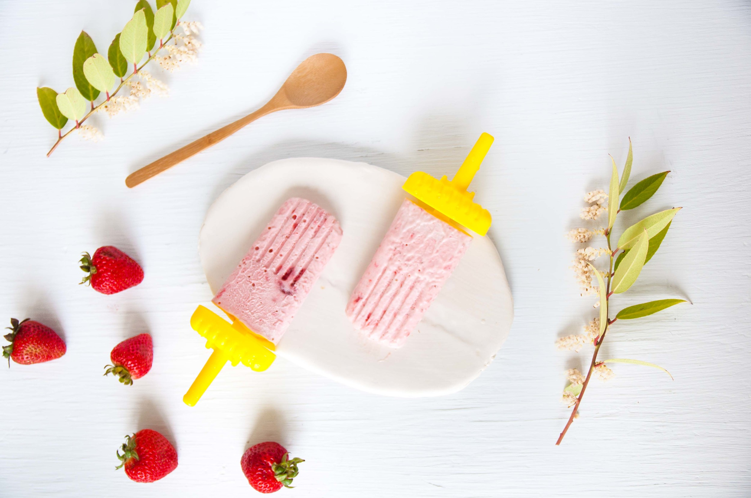 strawberry-coconut-vegan-creamsicle-fried-parsley