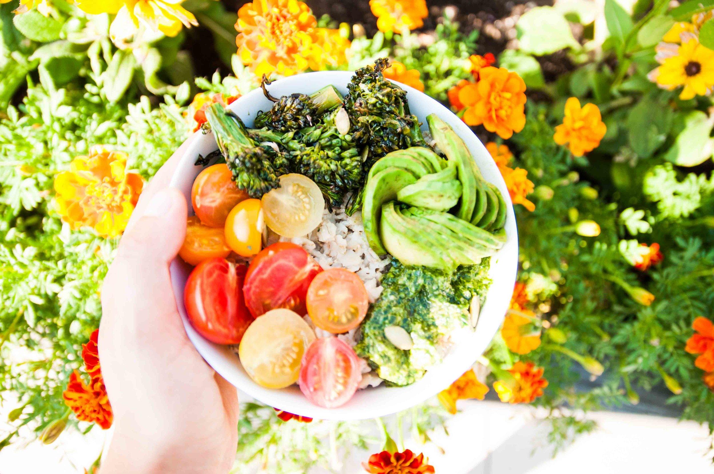 savory-oatmeal-bowl-fried-parsley