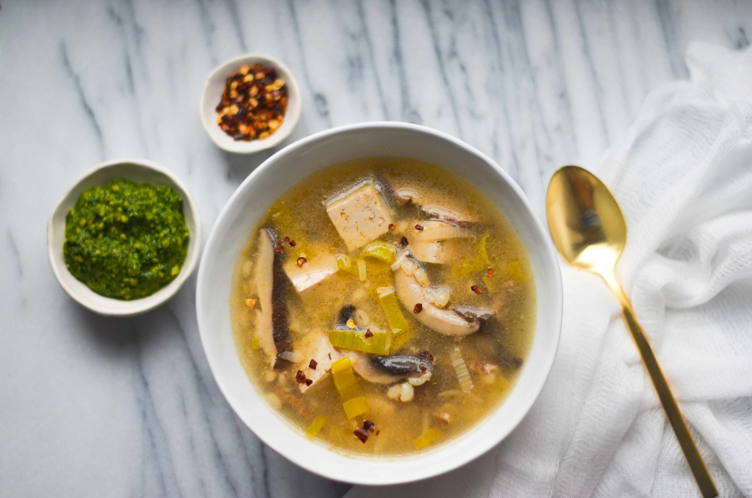 mushroom + leek broth soup - fried parsley