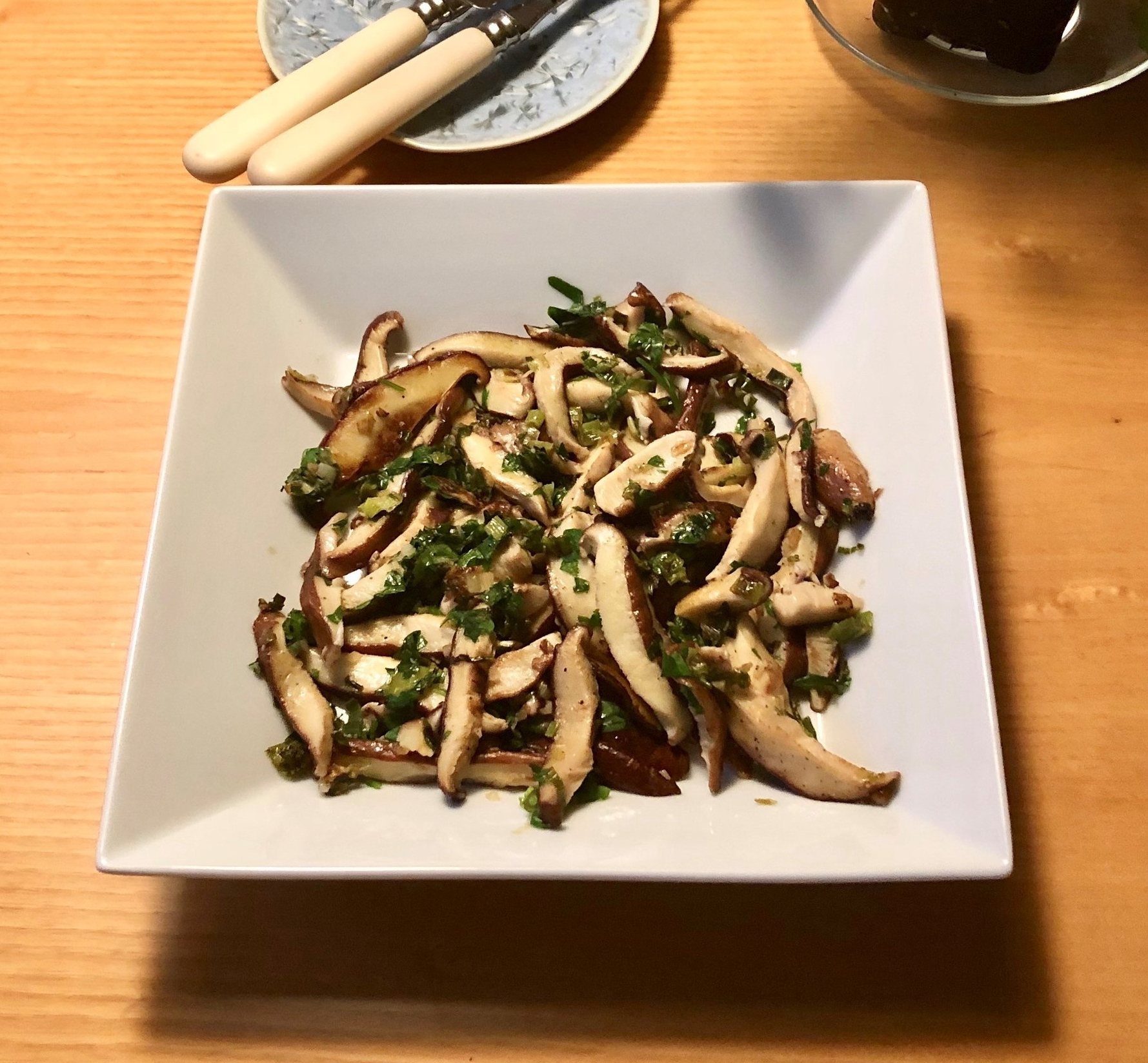 STIR FRIED SHIITAKE MUSHROOMS.jpg