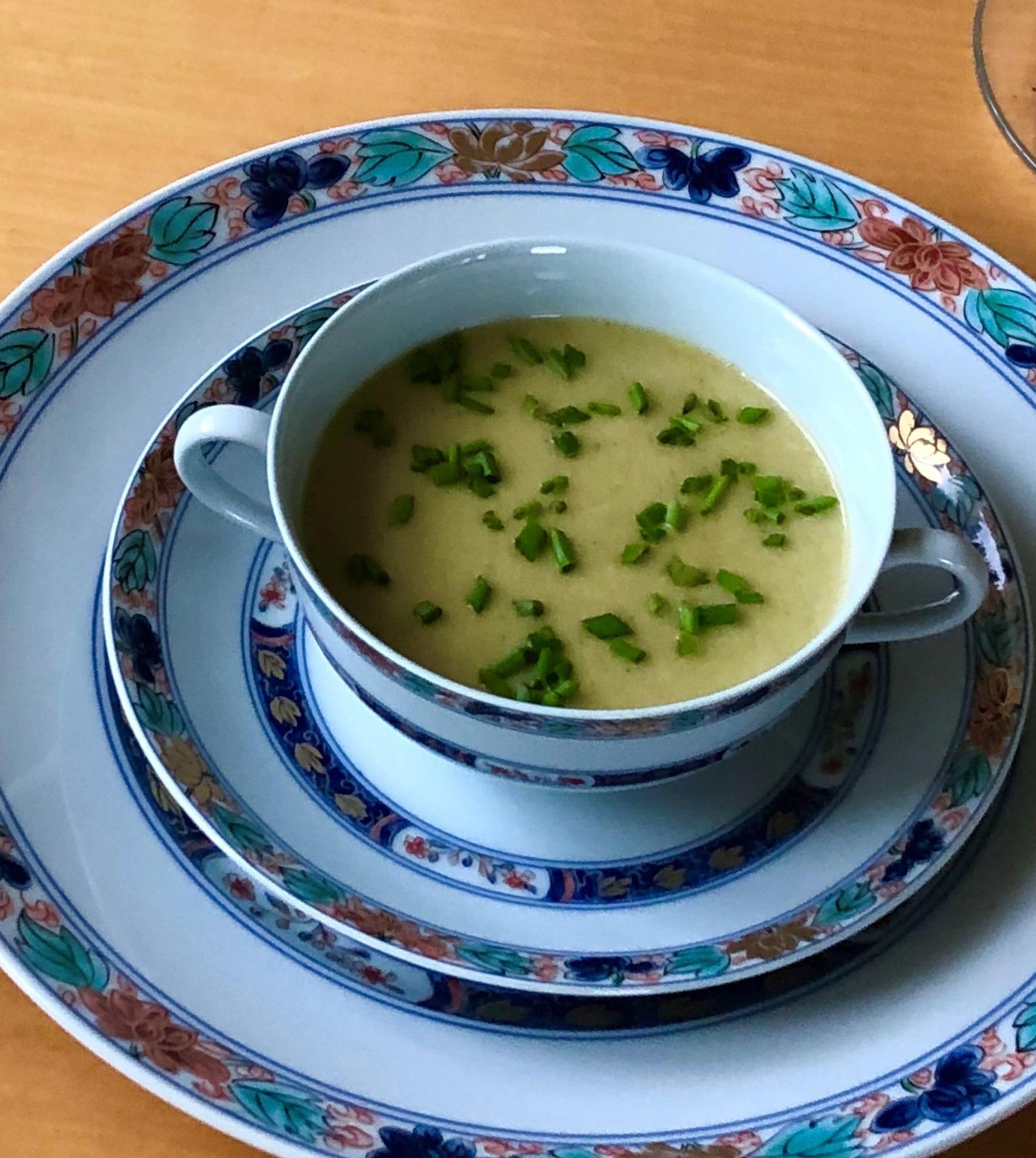 Leek+Lettuce+Soup.jpg