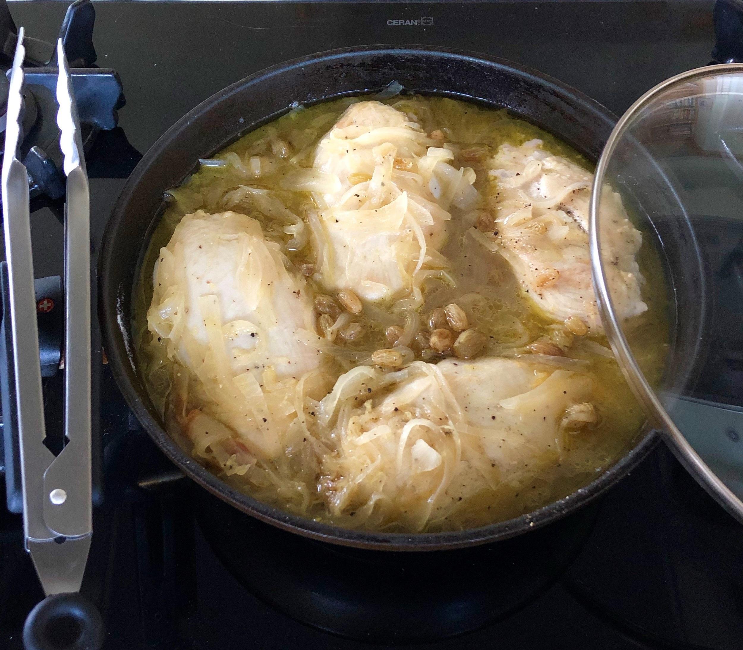 Chicken+with+Lemon+and+Raisins.jpg