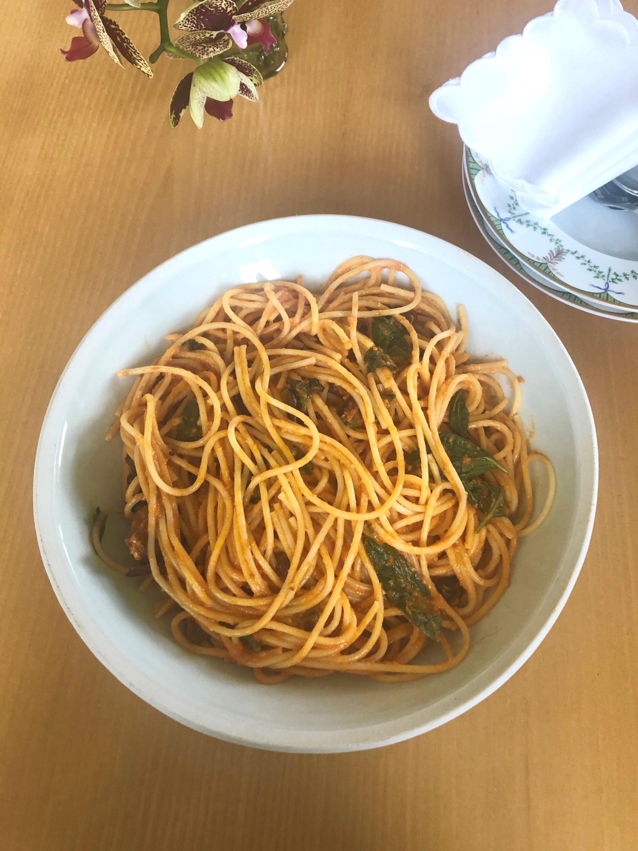 Spaghettie+with+Cherry+Tomatoes.jpg