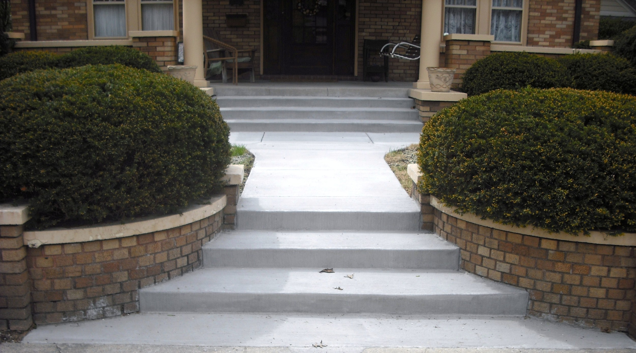 MATTINGLY CONCRETE INC PORCHES AND STOOPS