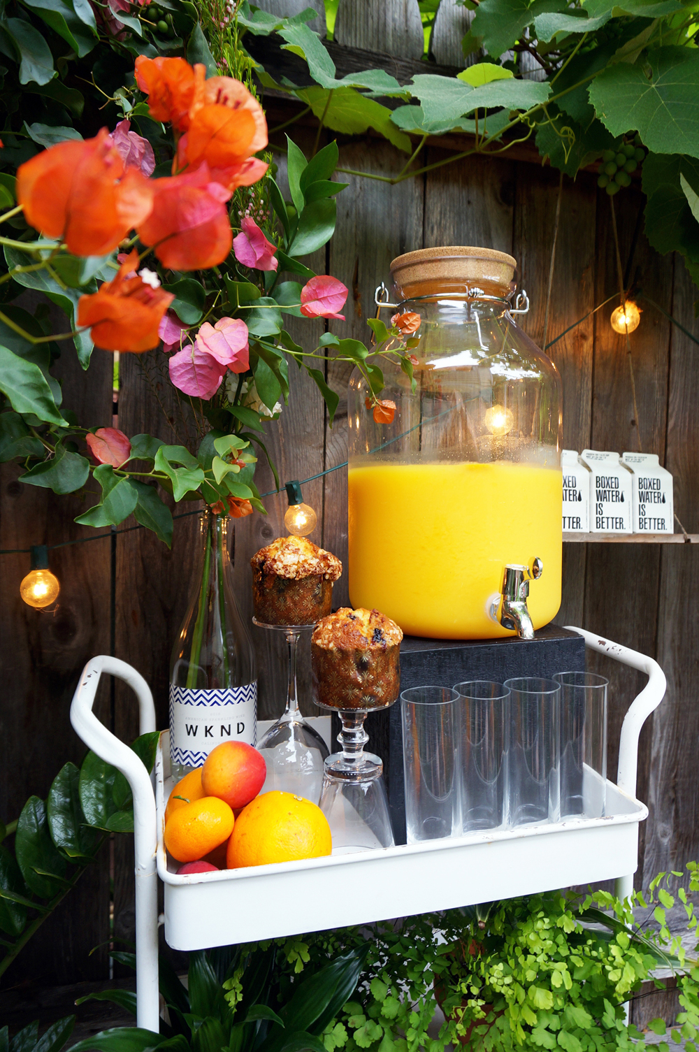 GARDEN BEVERAGE STATION: SPARKLING WINE FOR CLASSIC MIMOSAS BY   WINC  , H20 BY   BOXED WATER  .