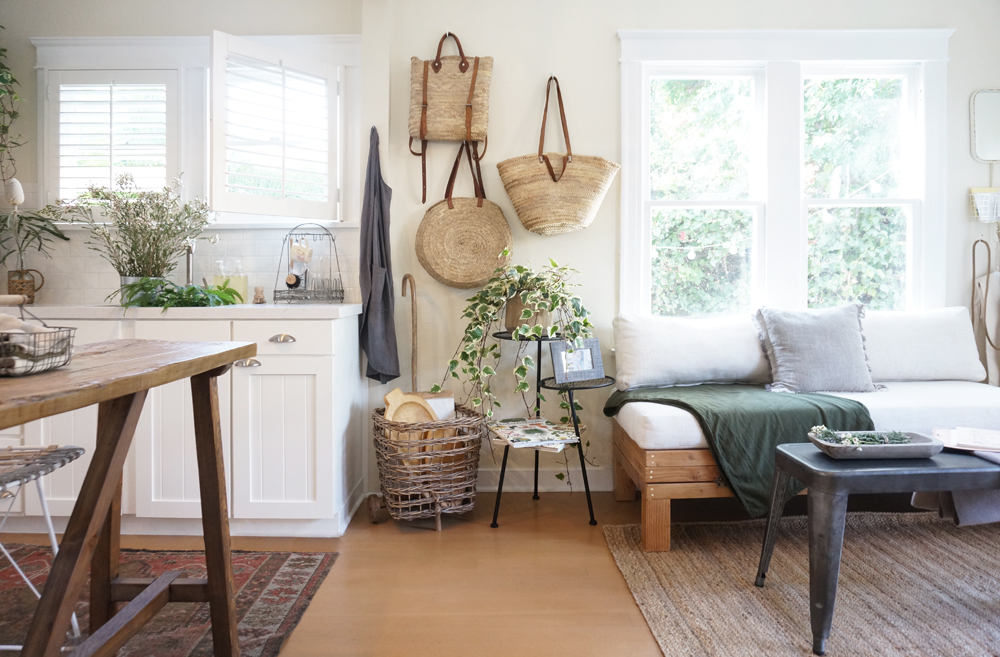 BLOG-Front Tiny Cottage - Wall to Wall.jpg