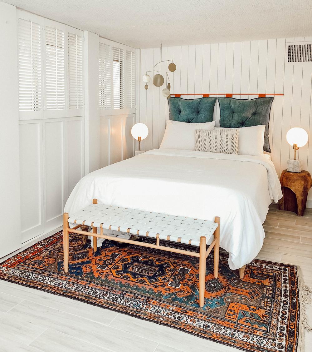 blog_ssspalmspringsbedroom.jpg