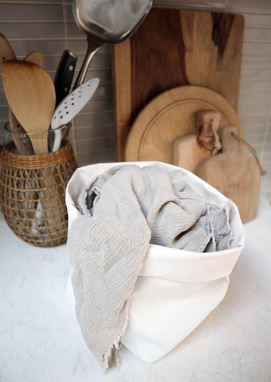 preview_tinyhouse_napkins_paperbag.jpg