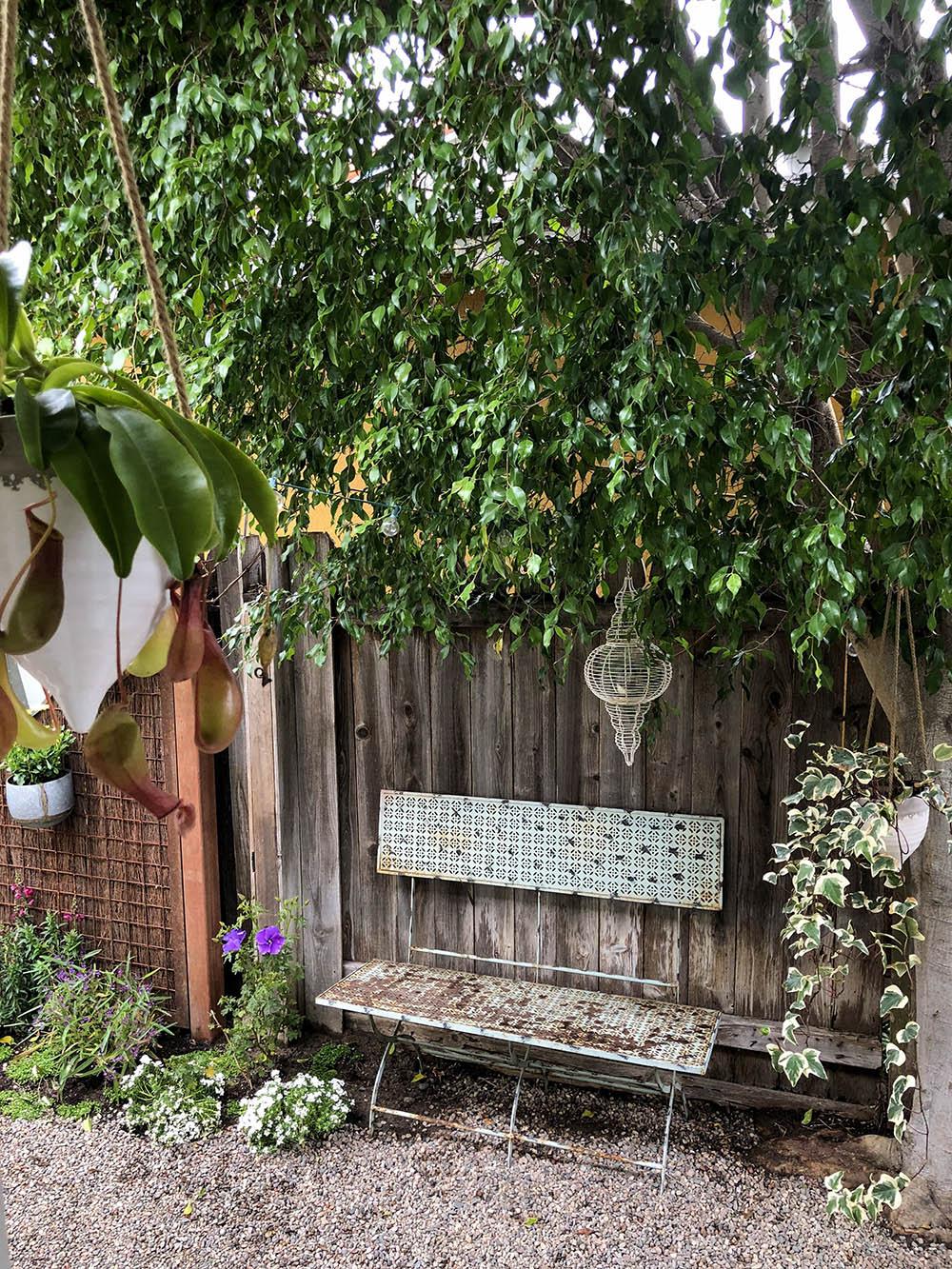 tinyhouse_garden_gravel.jpg