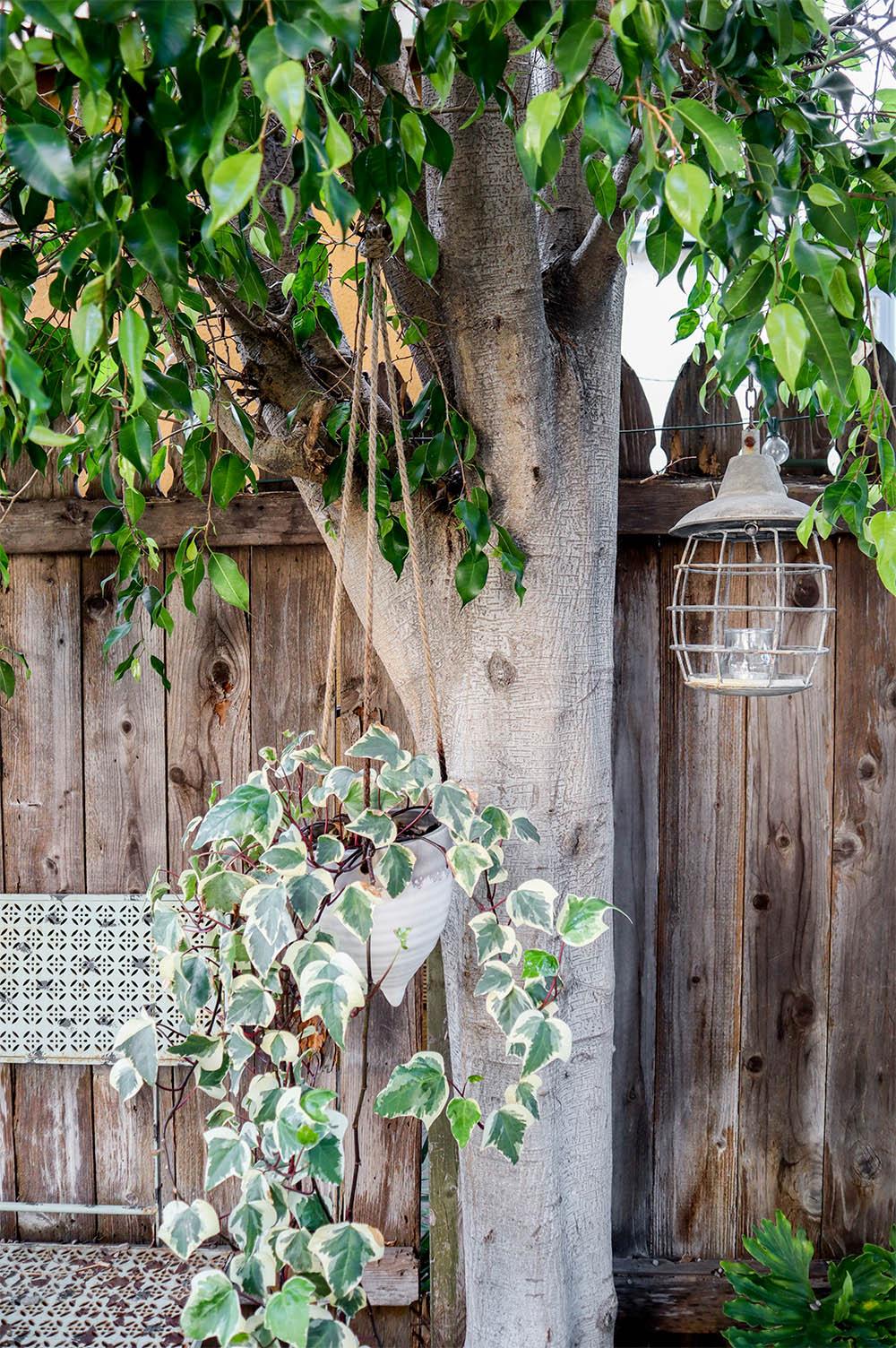 tinyhouse_vintage_garden.jpg