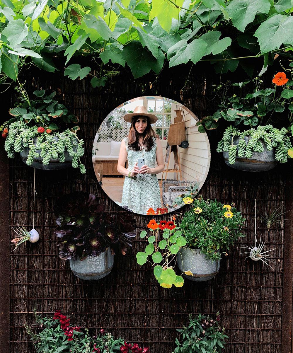 whitneyleighmorris_tinycanalcottage_garden_mirror_2.JPG