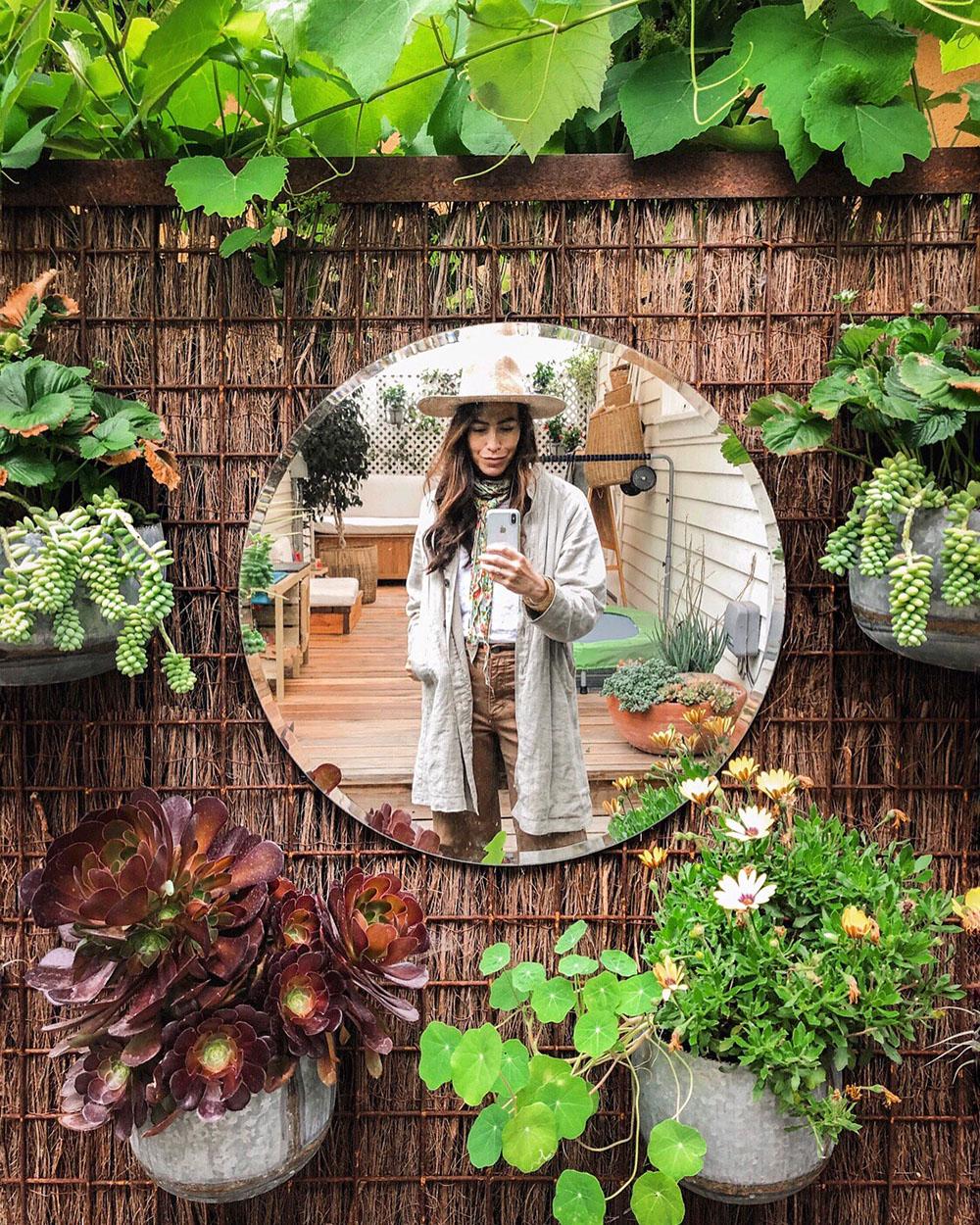 whitney_tinycanalcottage_garden_mirror_1.JPG