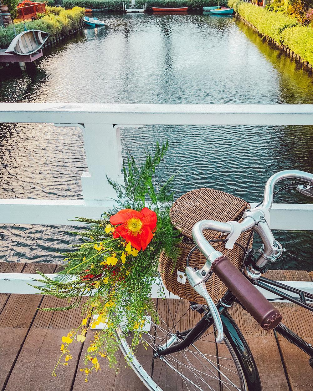 bike_canals.jpg