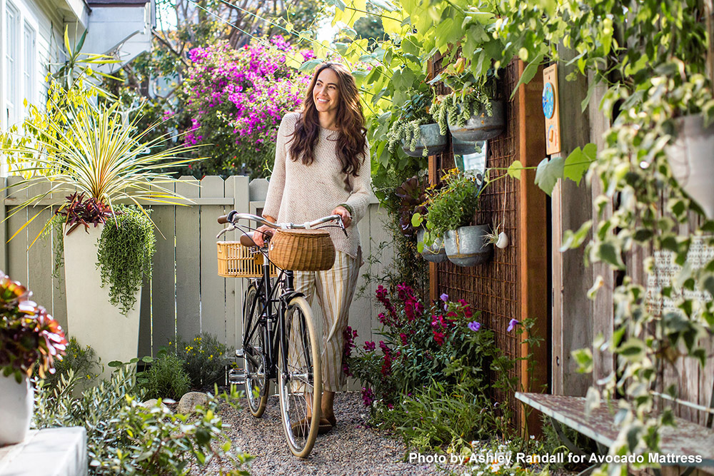 whitneyleighmorris_bike_avocado_ashlee.jpg
