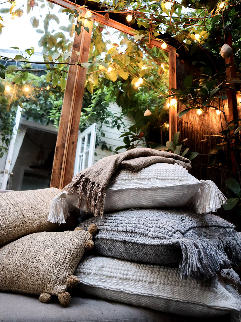 outdoor_pillows_smallspace.jpg