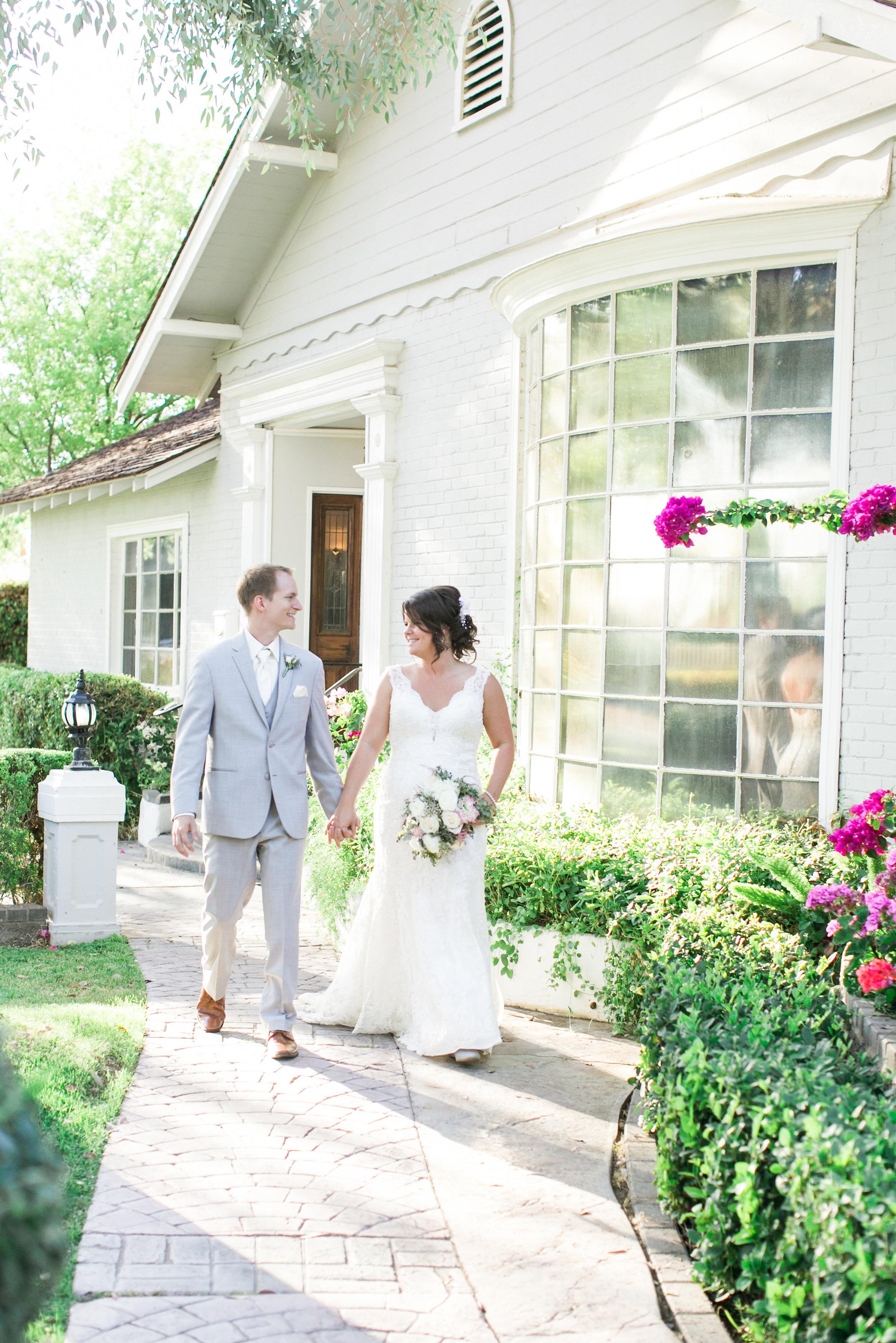 Jennifer_Mark_Thompson_Wright_House_Wedding-451.jpg