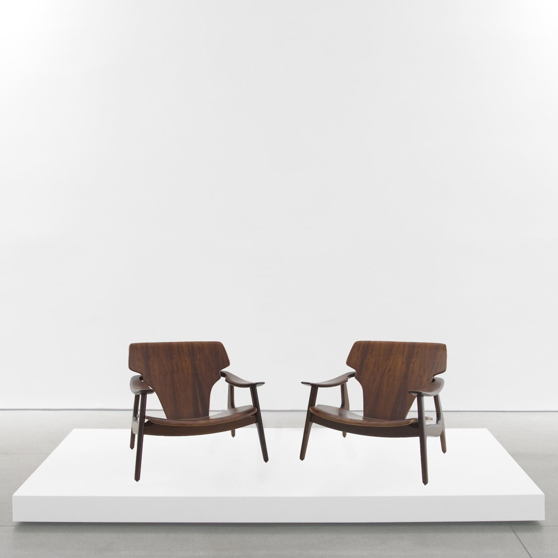 sergio rodrigues  'Diz' chairs  2002 ...