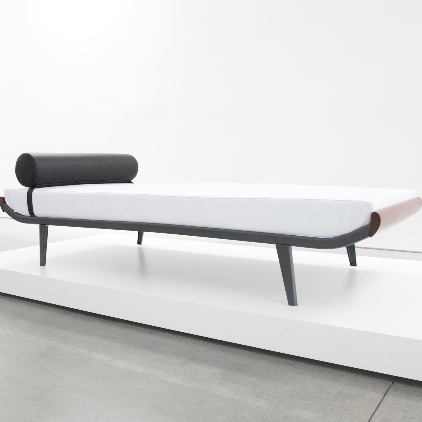 a.r. cordemijer 'cleopatra' daybed for aupin sold