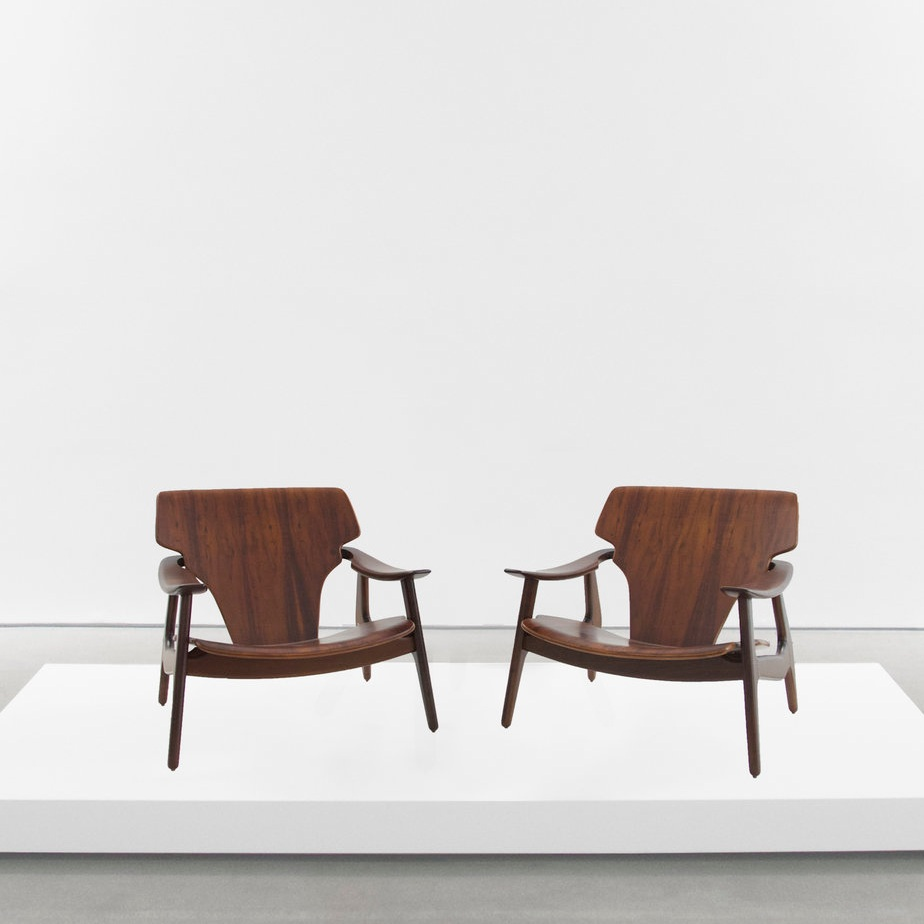 sergio rodrigues 'diz' chairs sold