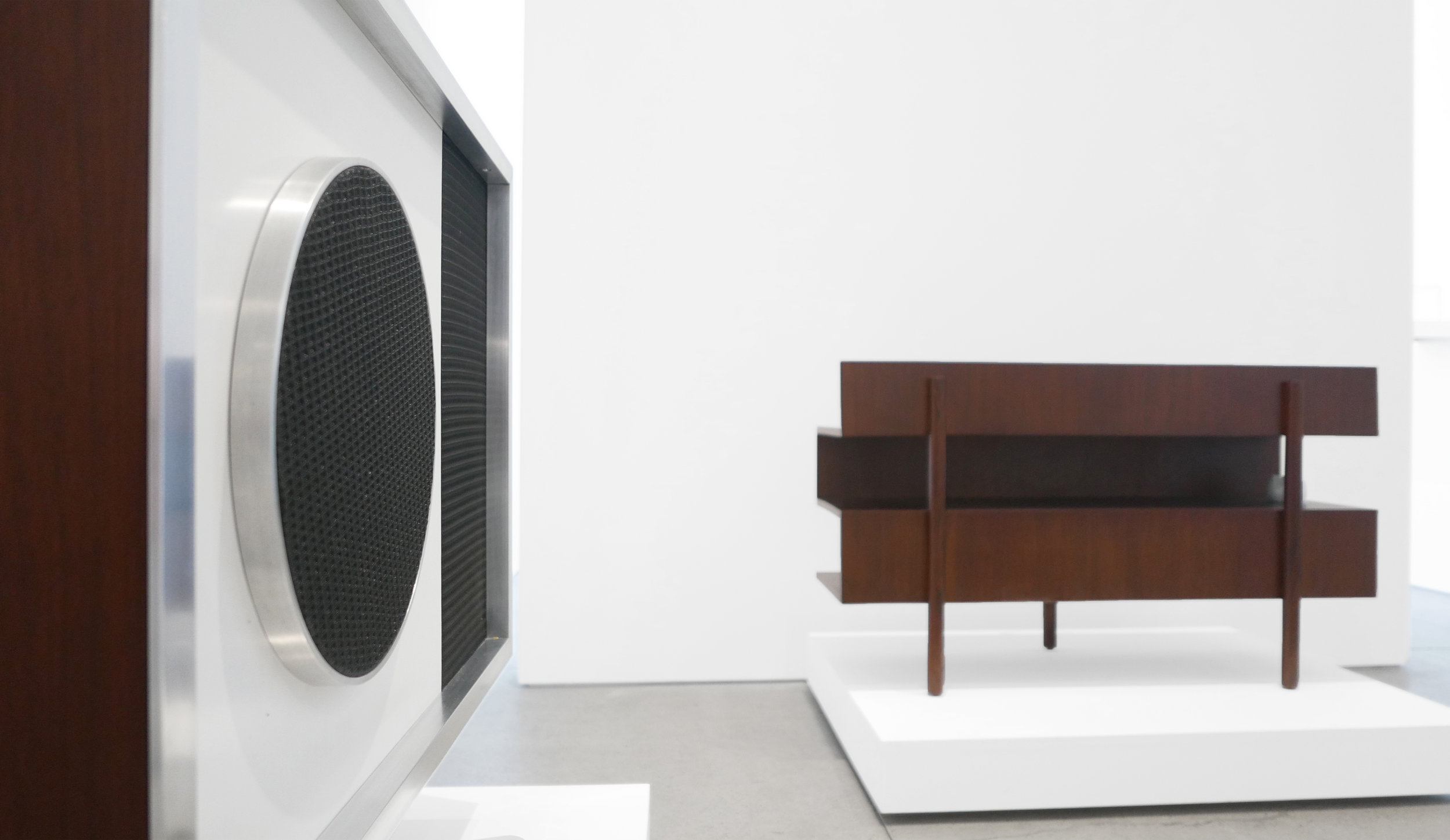 'The Tendency of the Moment - International Design, The Bauhaus Through Modern', Peter Blake Gallery, 2016, Installation View_4.jpg