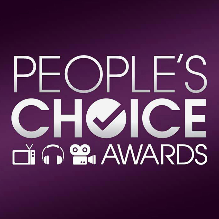 kelsy-zimba-collections-zform-peoples-choice-awards.jpg