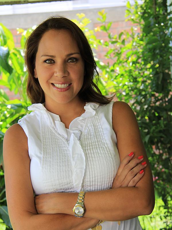 Sandra Montenegro: Directora