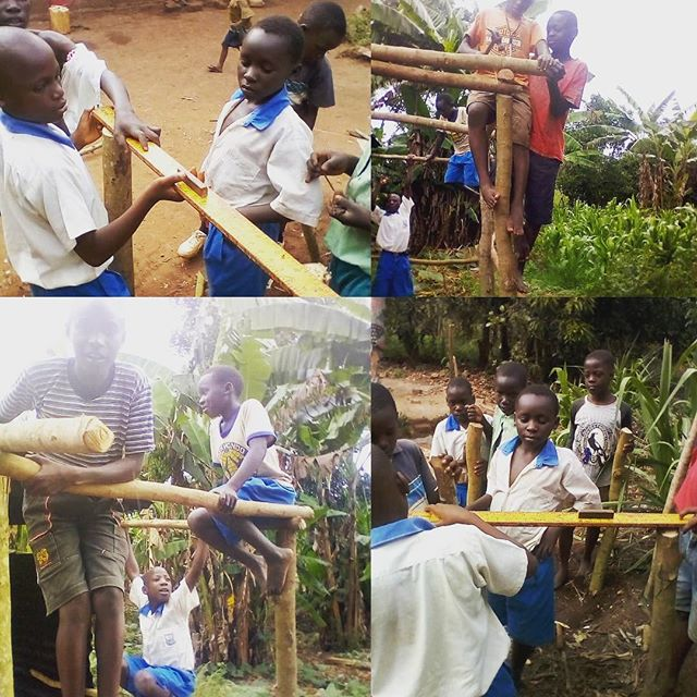 At @teachforuganda our Fellows teach to improve the learning and life outcomes of our children as well as World of Work (WoW) skills for self sustenance! In Decimon Wandera's (Fellow 2018-19) class his kids learned how to and erected their own plate rack/plate stand. Now these young ones are gaining both academic and life skills for sustenance that will enable them to thrive within their communities and beyond.! Grateful to work with and support the rising generation of #Ugandan young leaders passionate about a better future for all our children and ourselves. #ForGodAndMyNation🇺🇬 #TeachForUganda #teacherleaders #lifeskills #sdg4 @teachforall @teachfornigeria @teachforghana