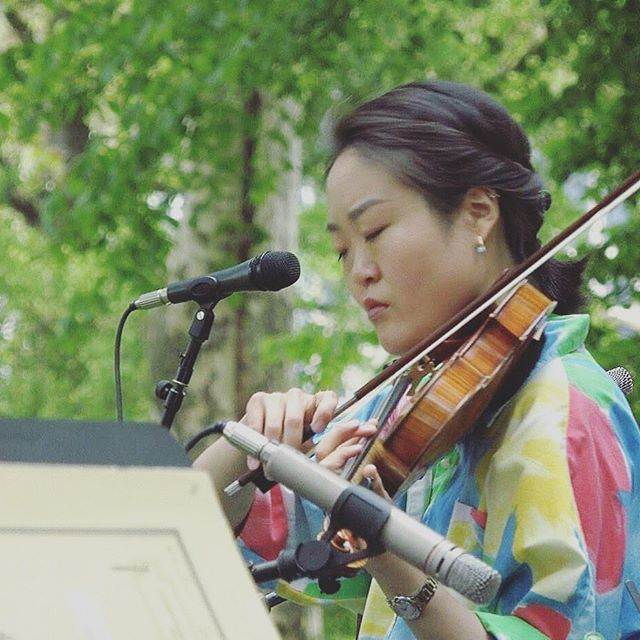 Makes me look like a cool singer songwriting asian violinist, so I post! 🤪🤡🤔