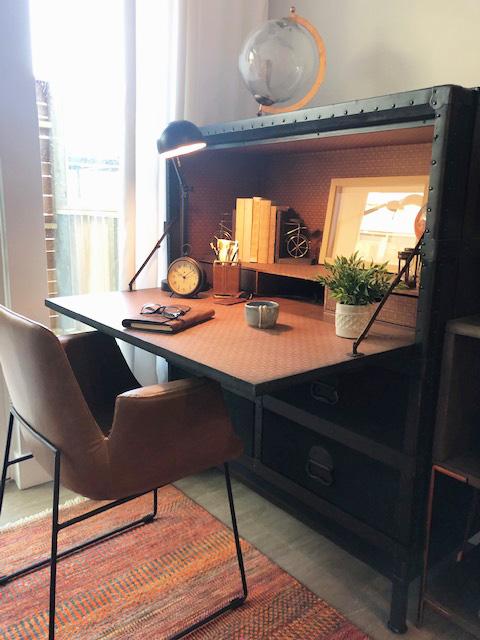 Pioneer 2 Bed Desk.jpg