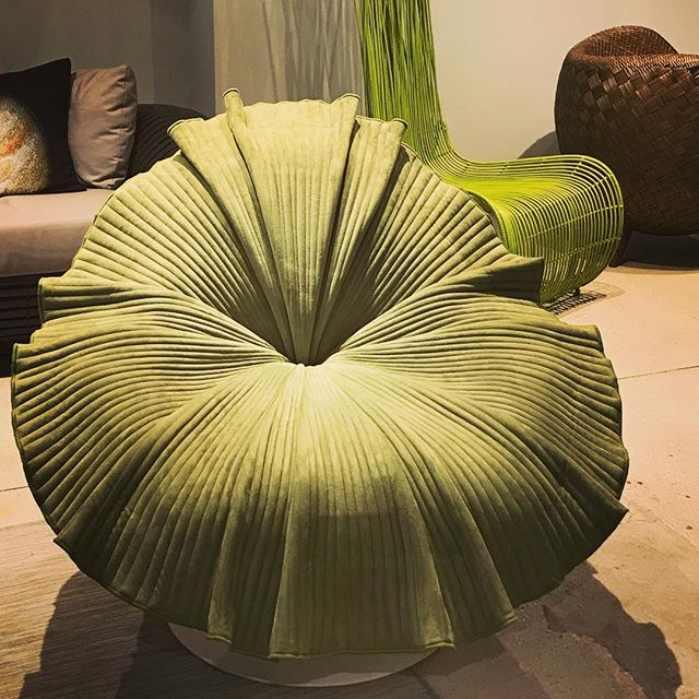 @kennethcobonpue creates a chair that looks like a spring bloom and sits just as beautifully.