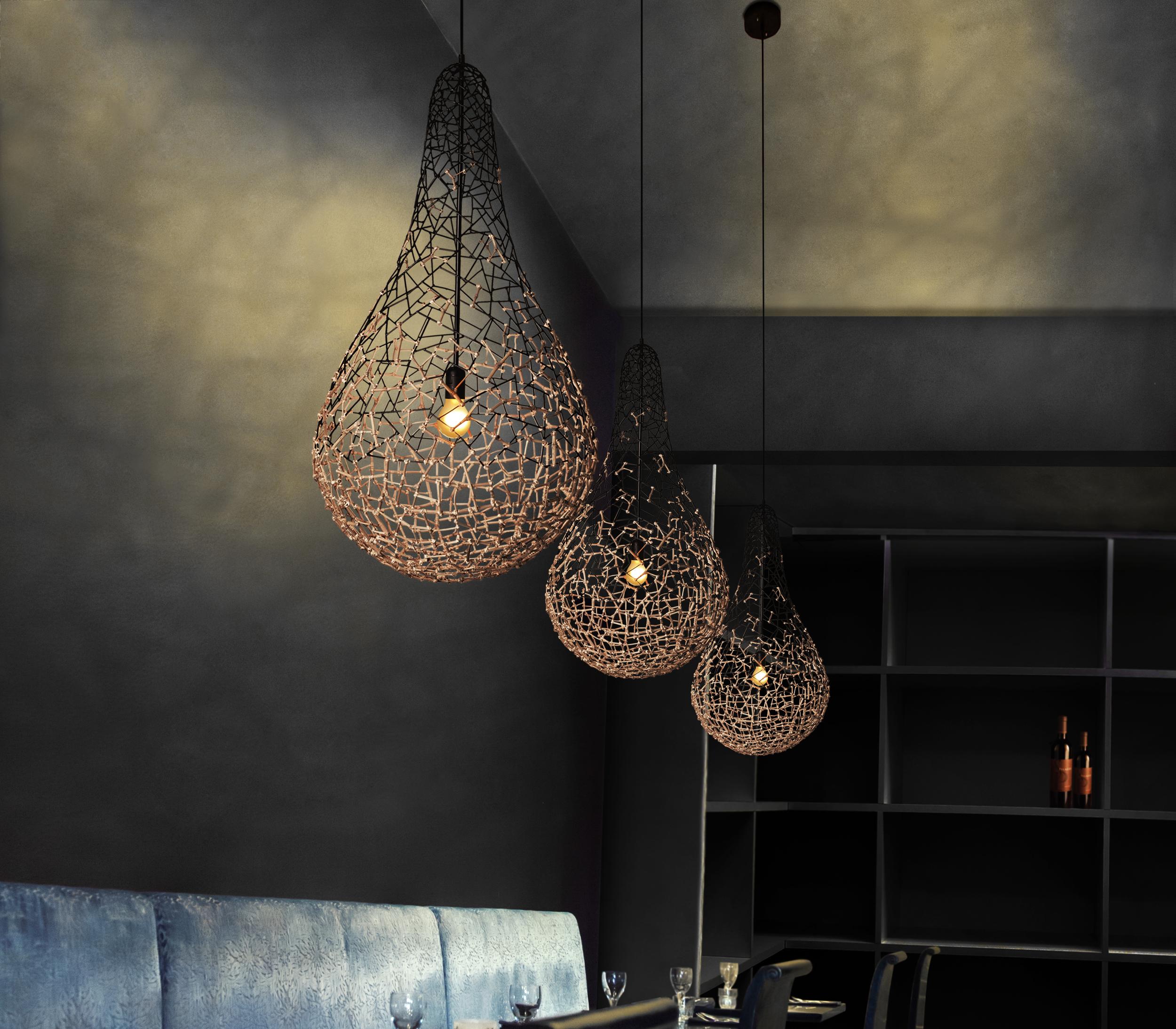 Kris_kros_hanging_lamp_XKW49CE.png