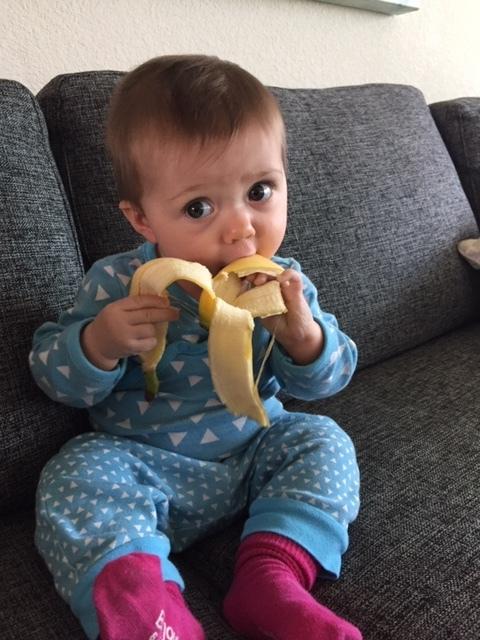 """Gaga PB """"feeding"""" Lydia!"""