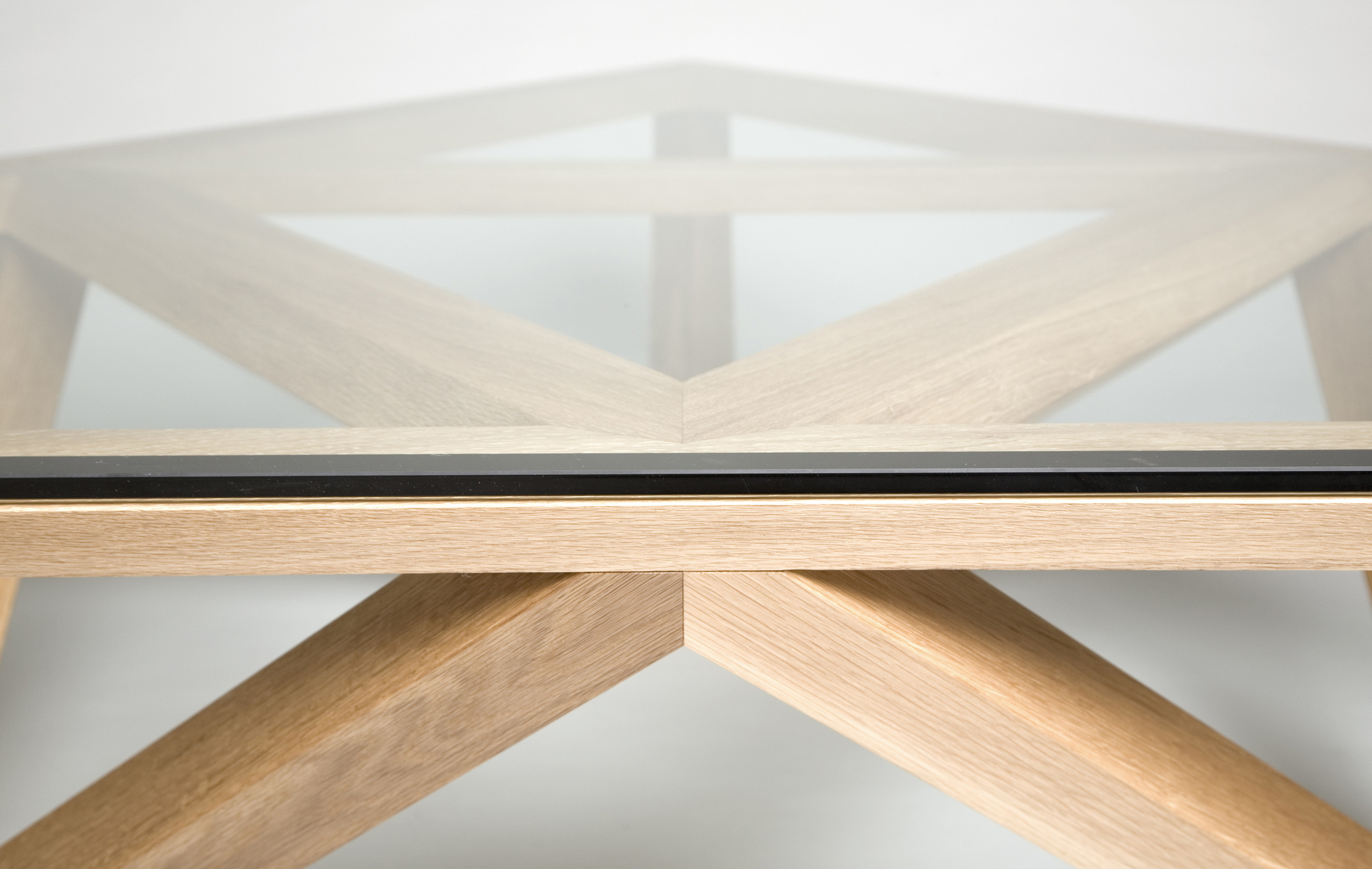 4/4<br>Trivoid Table Detail