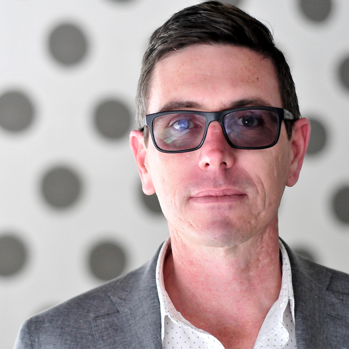 Glen Martin Associate (Communication)