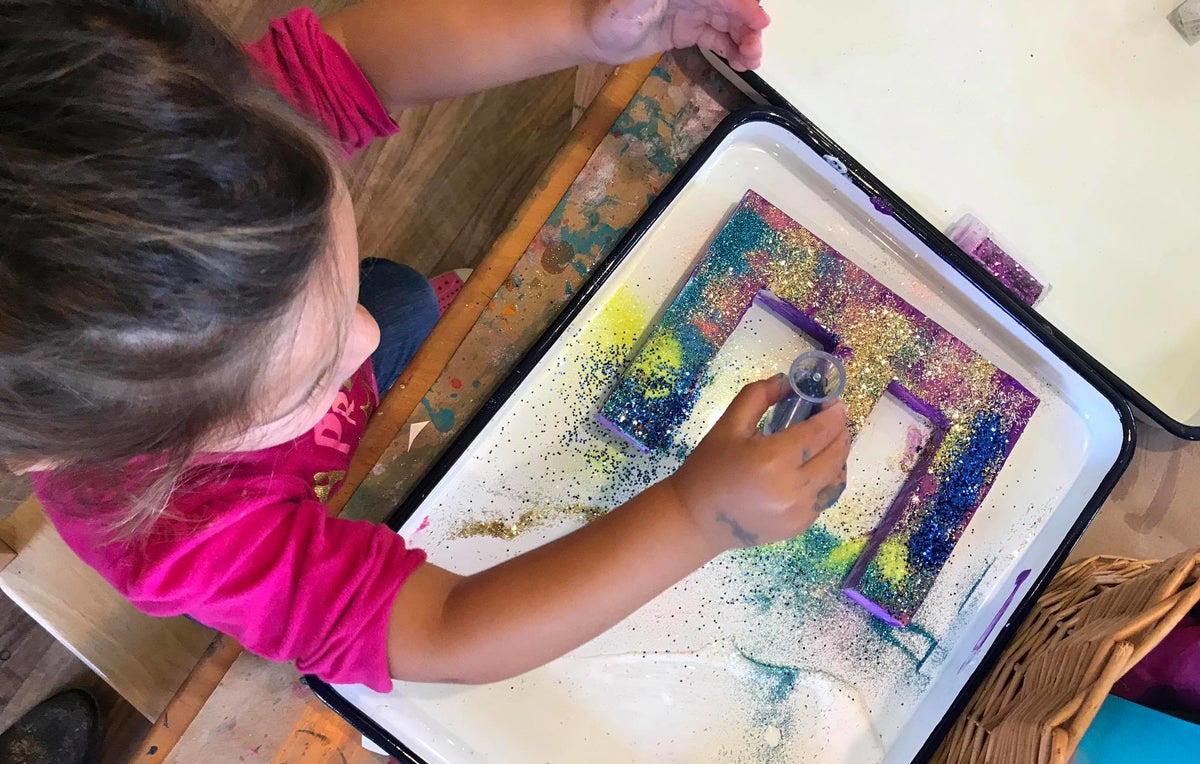 ARTS ET GRAPHISME - ART & GRAPHIC DESIGN