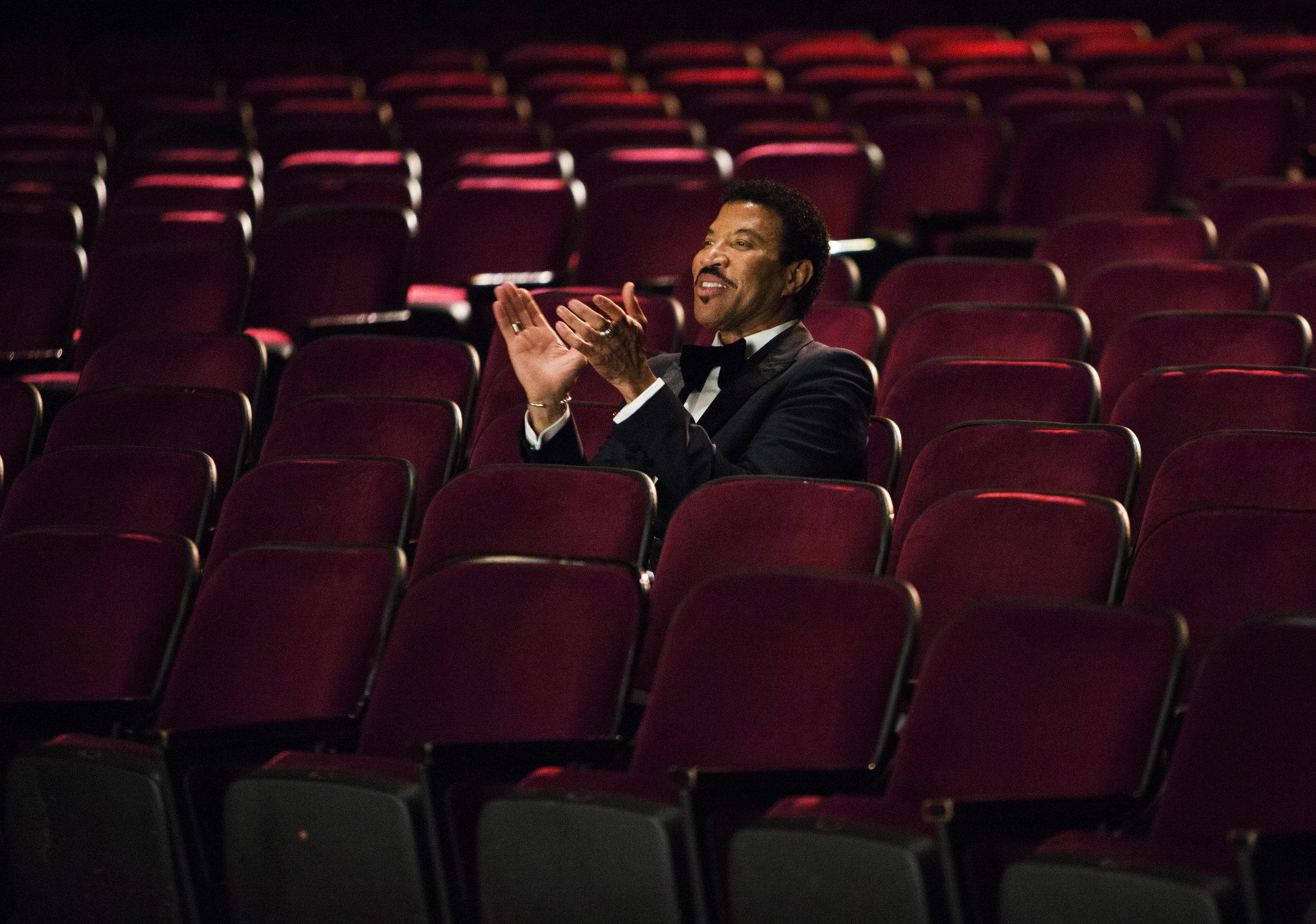 Lionel_Richie_Theatre.jpg
