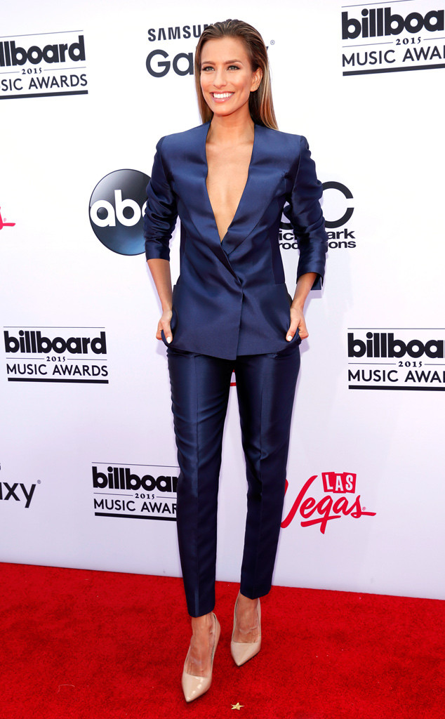 Renee Bargh Billboard Music Awards 2015