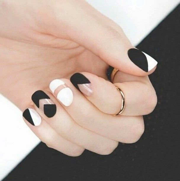 Black and White Mod Nails