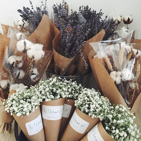bouquets for days