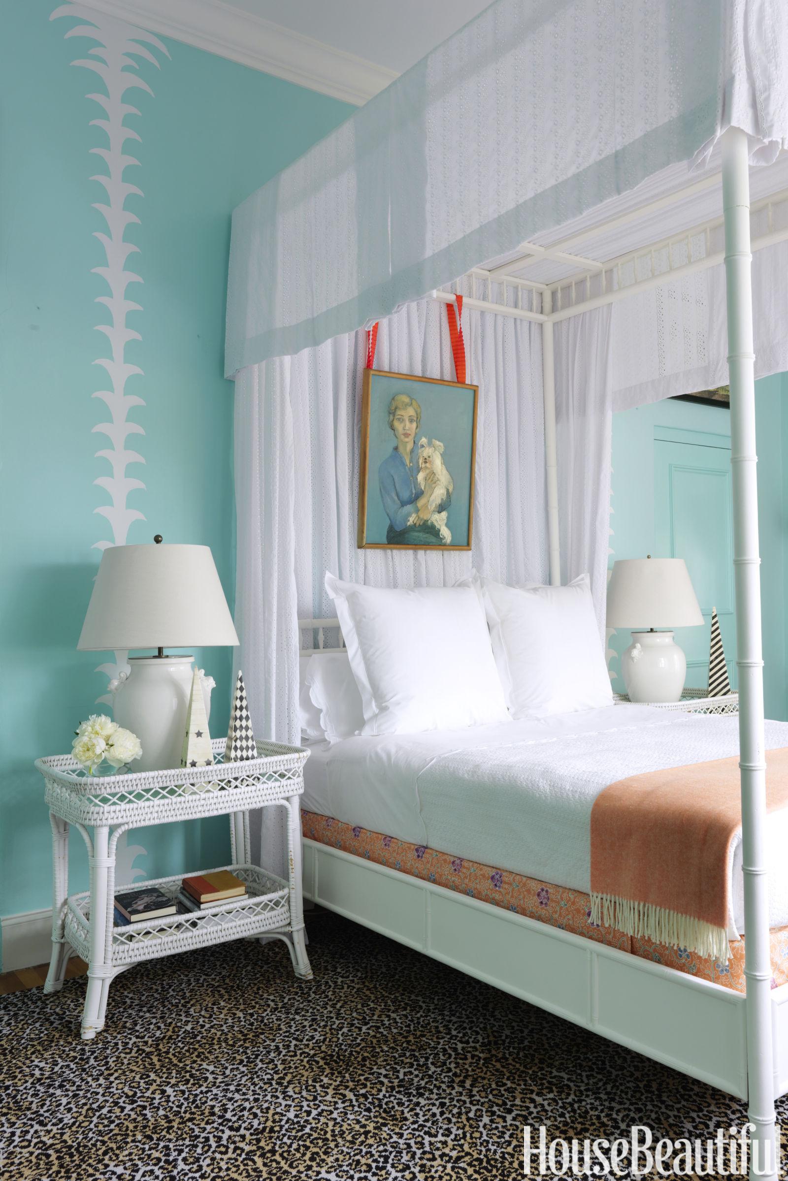 amanda-lindroth-master-bedroom.jpg