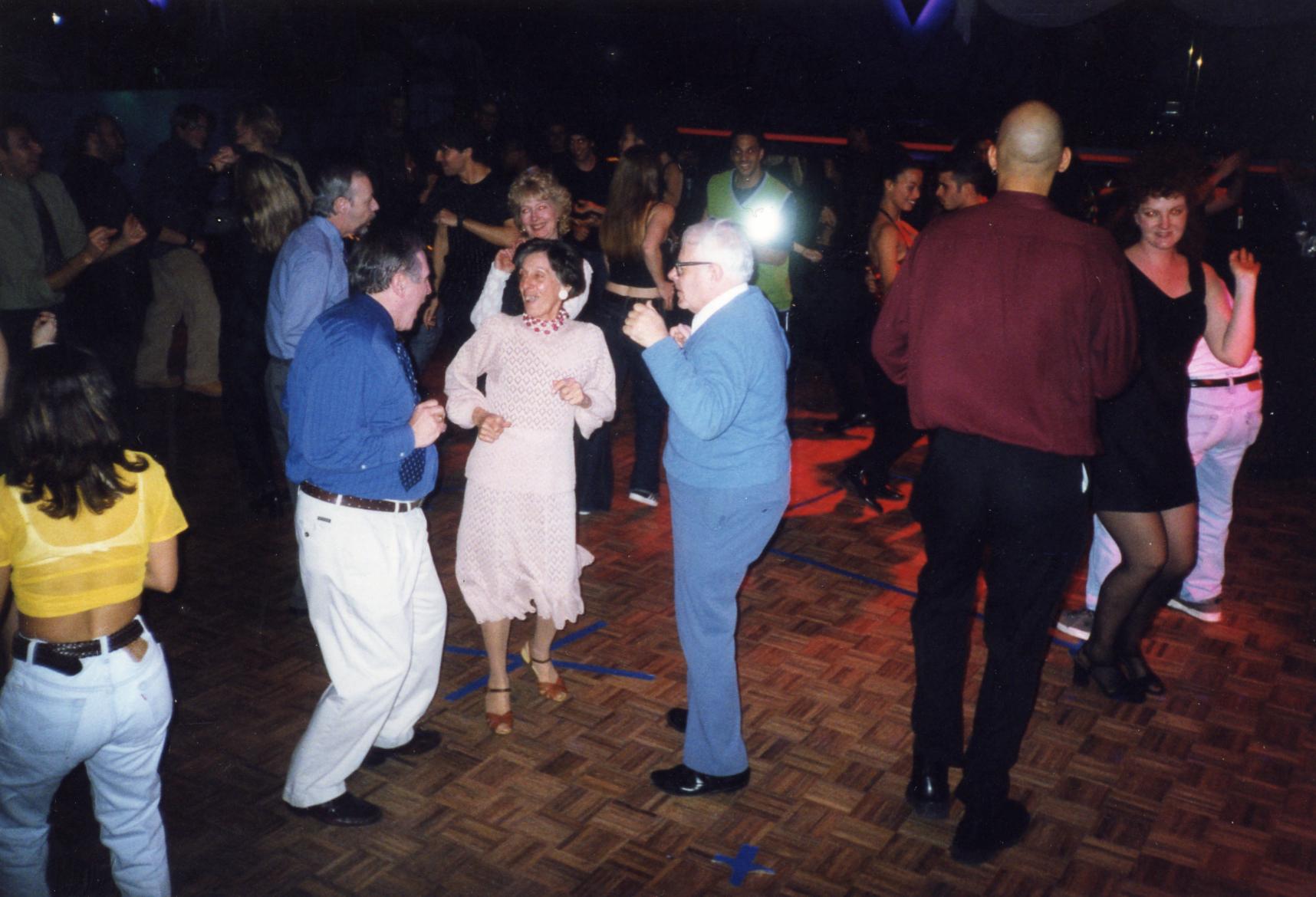 dancing4.jpg