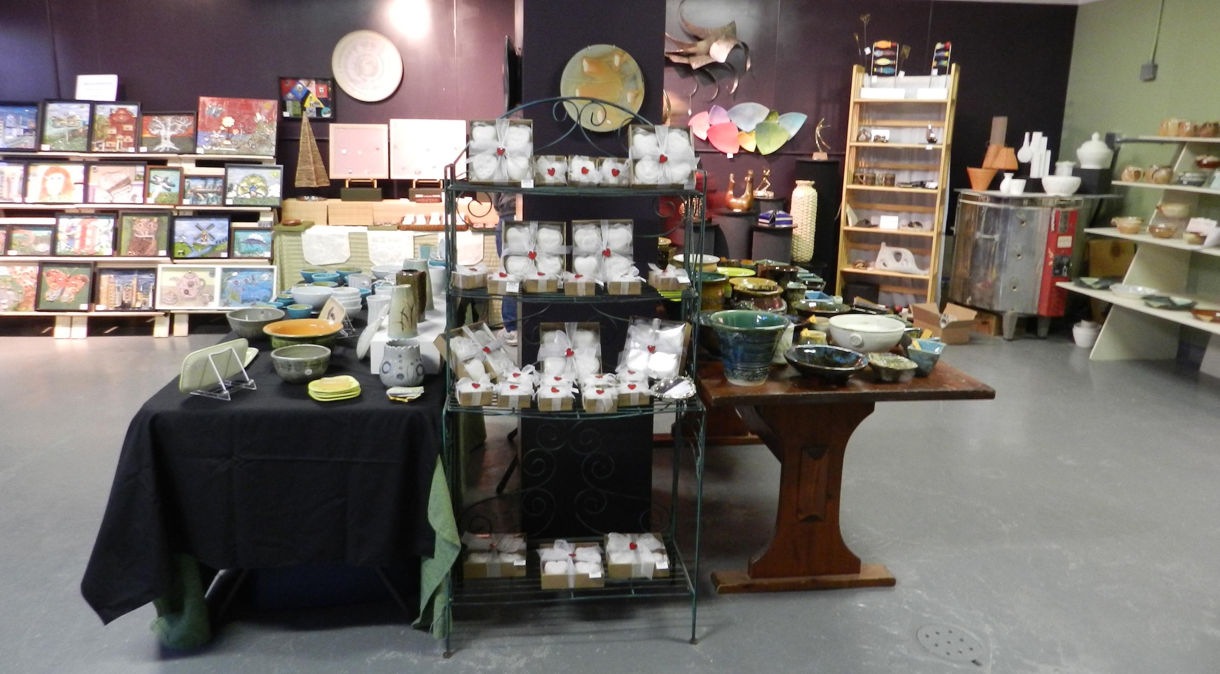 Pottery Plus 2012-3