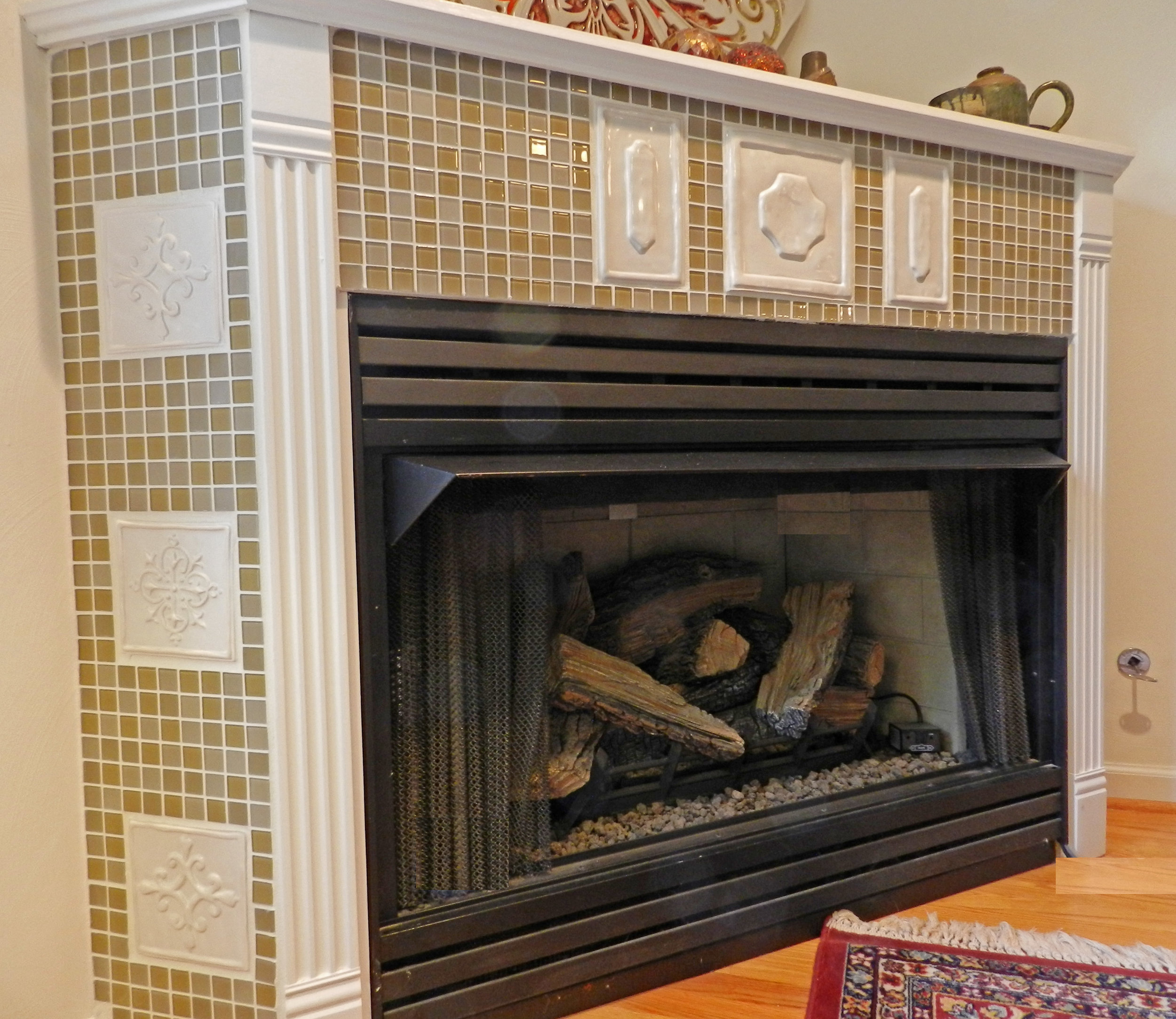 Fireplace Side HESP-FRQTR.jpg