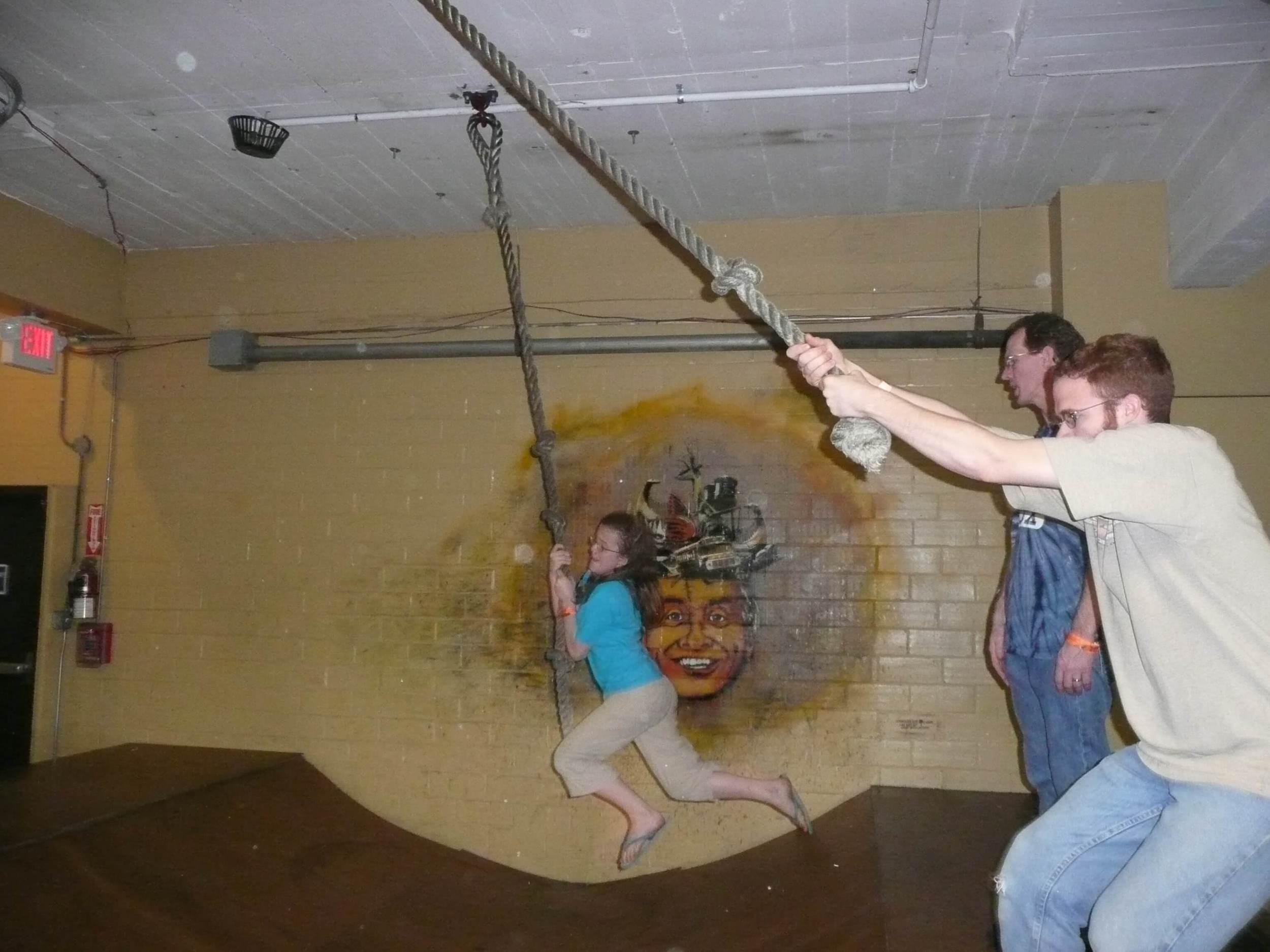 Fun family trip to St. Louis City Museum - DaytoDayAdventures.com