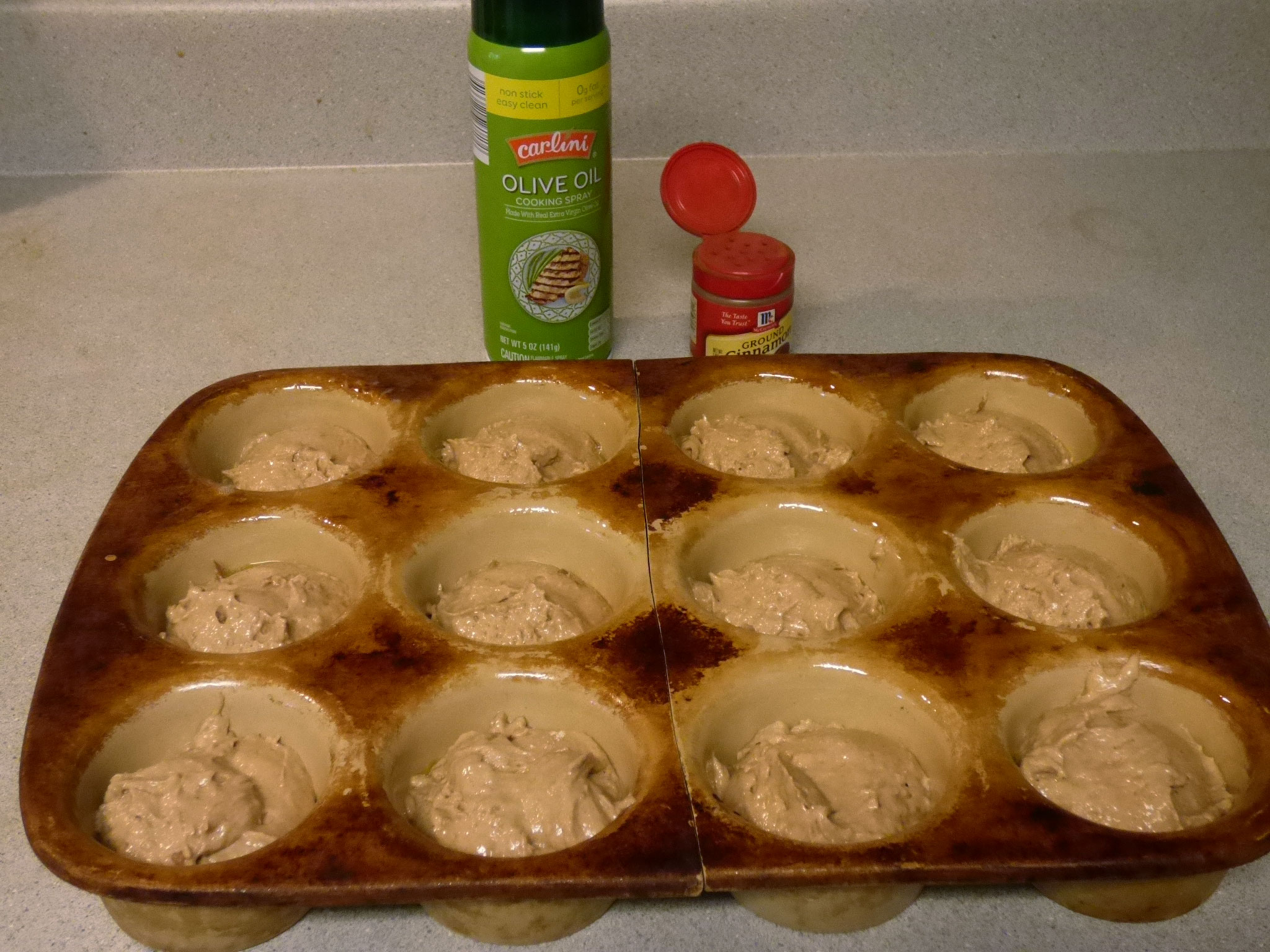 Sweet spice muffins!  Kid aproved and sugar free! - DaytoDayAdventures.com