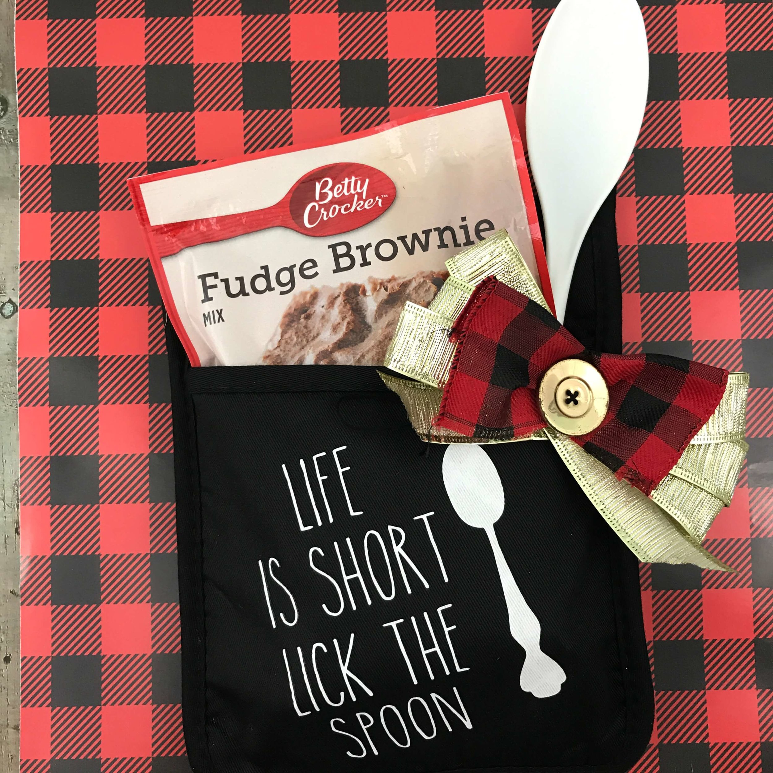 DIY Brownie Mix with Hot Pad Christmas Gift