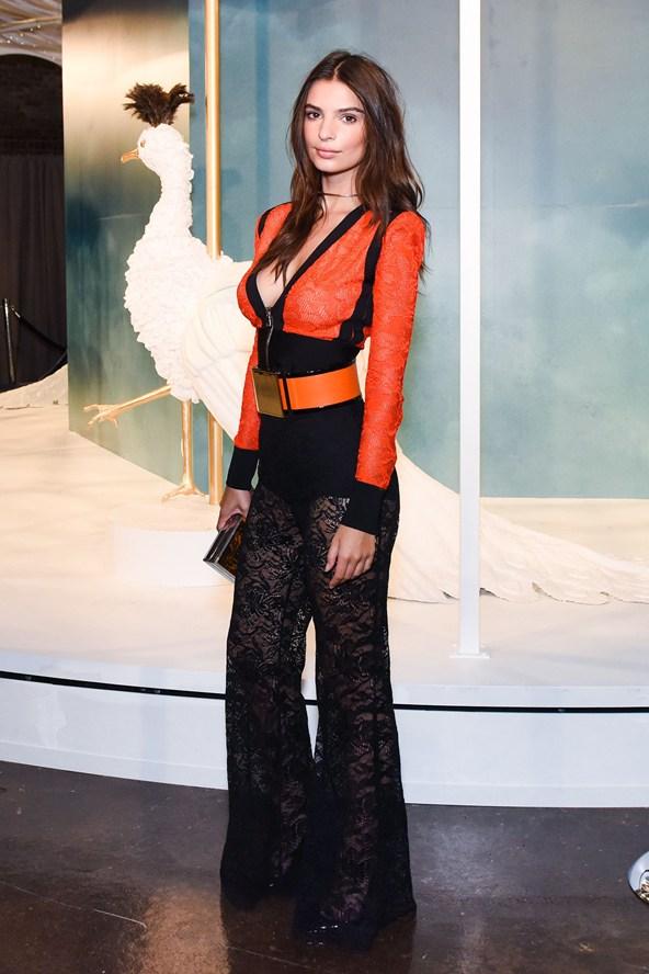 target style new york fashion week event emily-ratajkowski.jpg