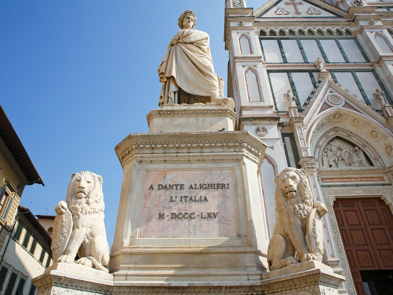 florence-08-Dante-Alighieri-GettyImages-645590801.jpg